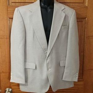 Men's Haggard Gentleman's Fit Blazer. Size 44R